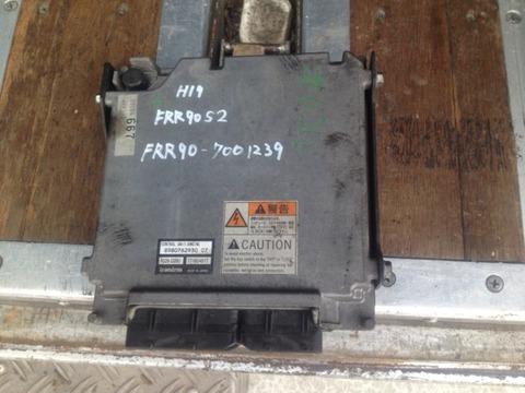 いすゞ フォーワード エンジンコンピューター 中古部品