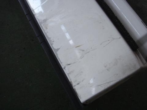いすゞ エルフ コーナーパネル(右) 中古部品