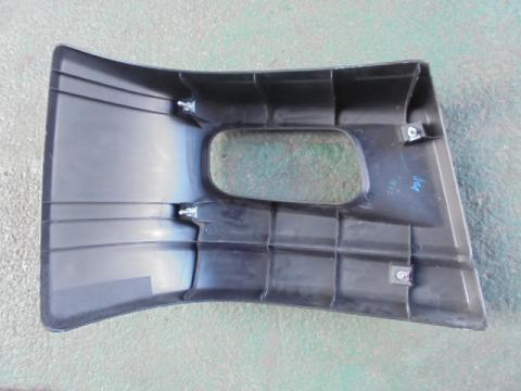 三菱ふそう キャンター Fバンパーコーナー(左) 中古部品