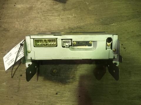 中古トラックパーツ ラジオ