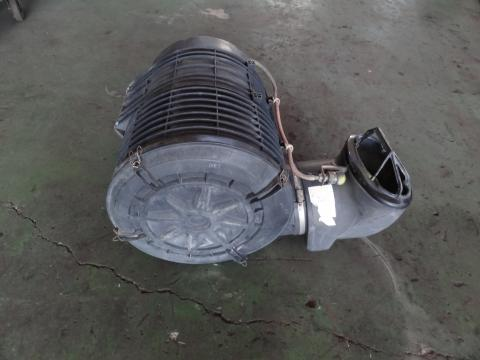 日産UD 大型車 エアクリーナー 中古部品