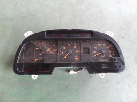 いすゞ 大型車 スピードメーター 中古部品
