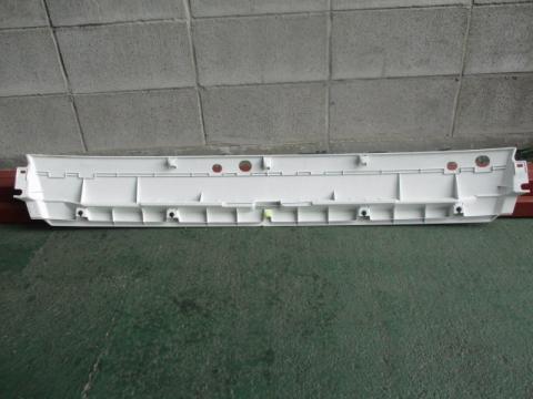 三菱ふそう キャンター Fトップカールパネル 中古部品