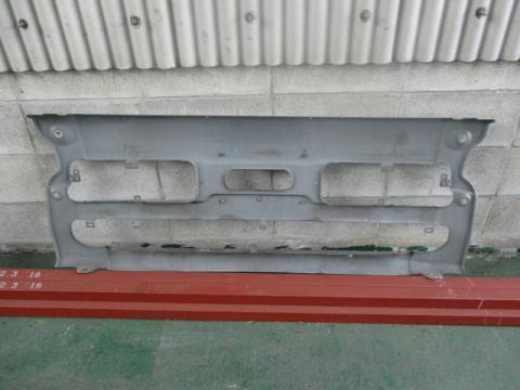日産UD 大型車 Fバンパー 中古部品