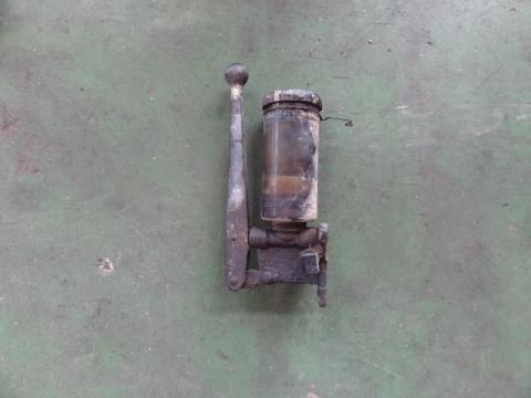 いすゞ 大型車 ダンプ用グリスポンプ 中古部品