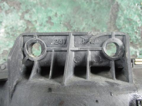 いすゞ 大型車 フォグランプ(左) 中古部品