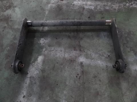日産UD 大型車 スタビライザー(後) 中古部品