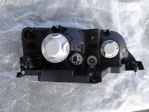 三菱ふそう ファイター ヘッドライトAy(左) 純正新品