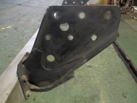 日野 大型車 Rバンパー 中古部品