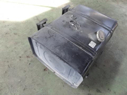 日野 大型車 フューエルタンク 中古部品