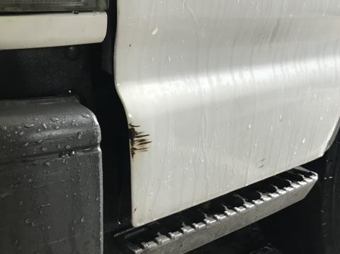 いすゞ エルフ キャビンAy 中古部品