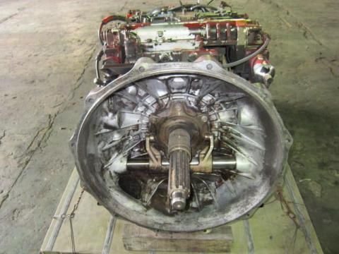 日産UD トラクター セミオートマチックミッションAy 中古部品