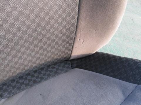 いすゞ フォーワード ドライバーシート 中古部品