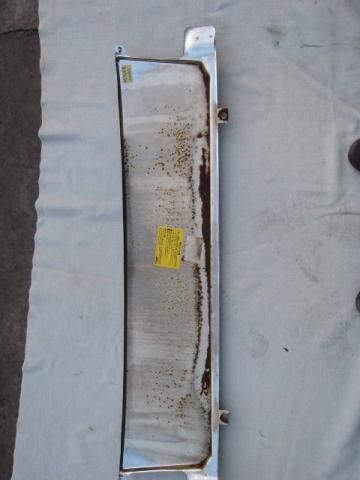 三菱ふそう キャンター フロントパネル 中古部品