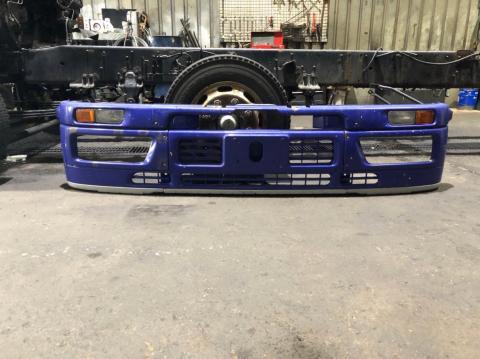 中古トラック部品 いすゞ 大型車 Fバンパー