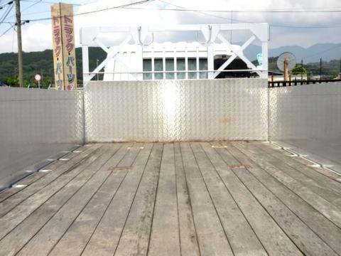 中古平ボディ 三菱ふそう ファイター