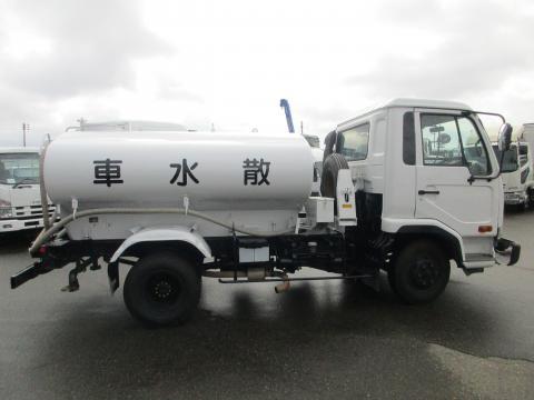 中古散水車 UDトラックス
