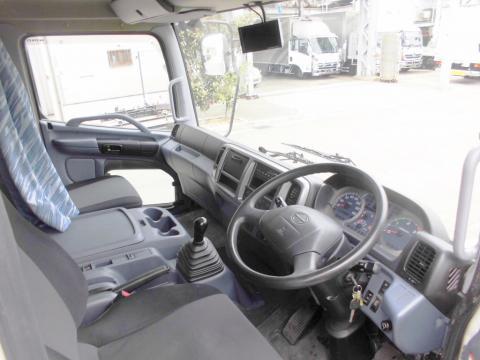 中古トラック H22年式 ワイドエアサス アルミウイング
