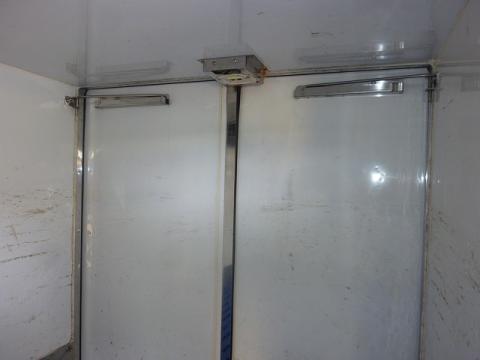 中古冷凍バン マツダ スクラム