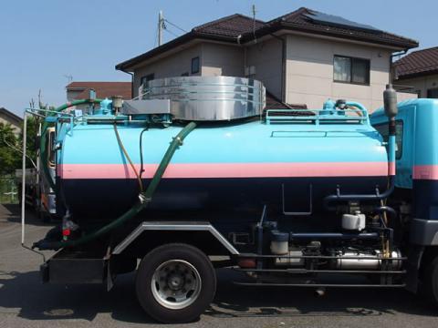 中古糞尿車(バキュームカー) 三菱
