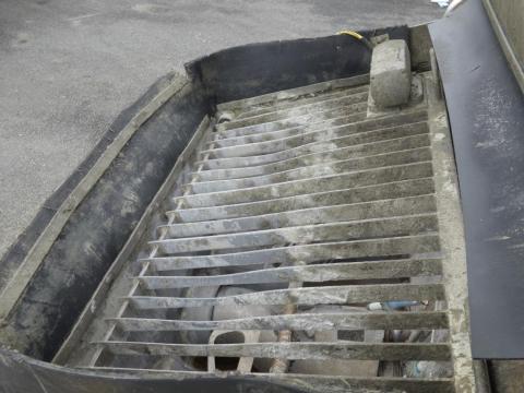 中古コンクリートポンプ車 メルセデス・ベンツ アクトロス