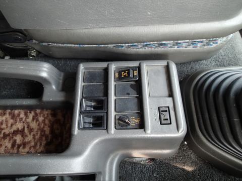 中古キャリアカー(積載車) いすゞ フォワード