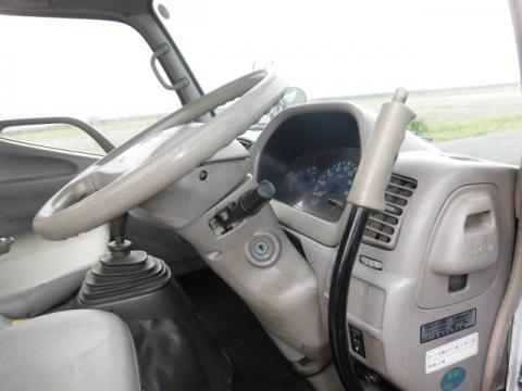 中古高所作業車 トヨタ