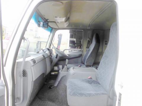 中古トラック H22年式 検査付 格納ゲート付 エアサス 冷凍車