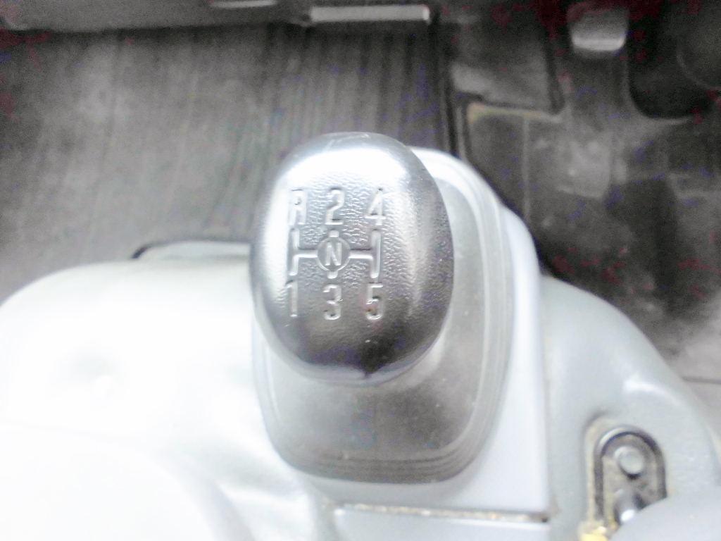 中古トラック H19年式 10尺 マニュアル アルミバン