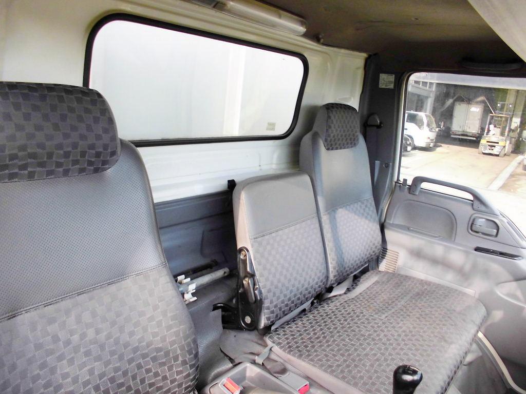 中古トラック H18年式 格ゲー付 ワイドロング アルミウイング
