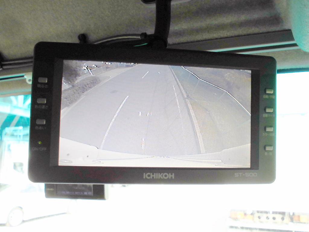 中古トラック H25年式 検査付 格納ゲー付 エアサス ワイドウイング