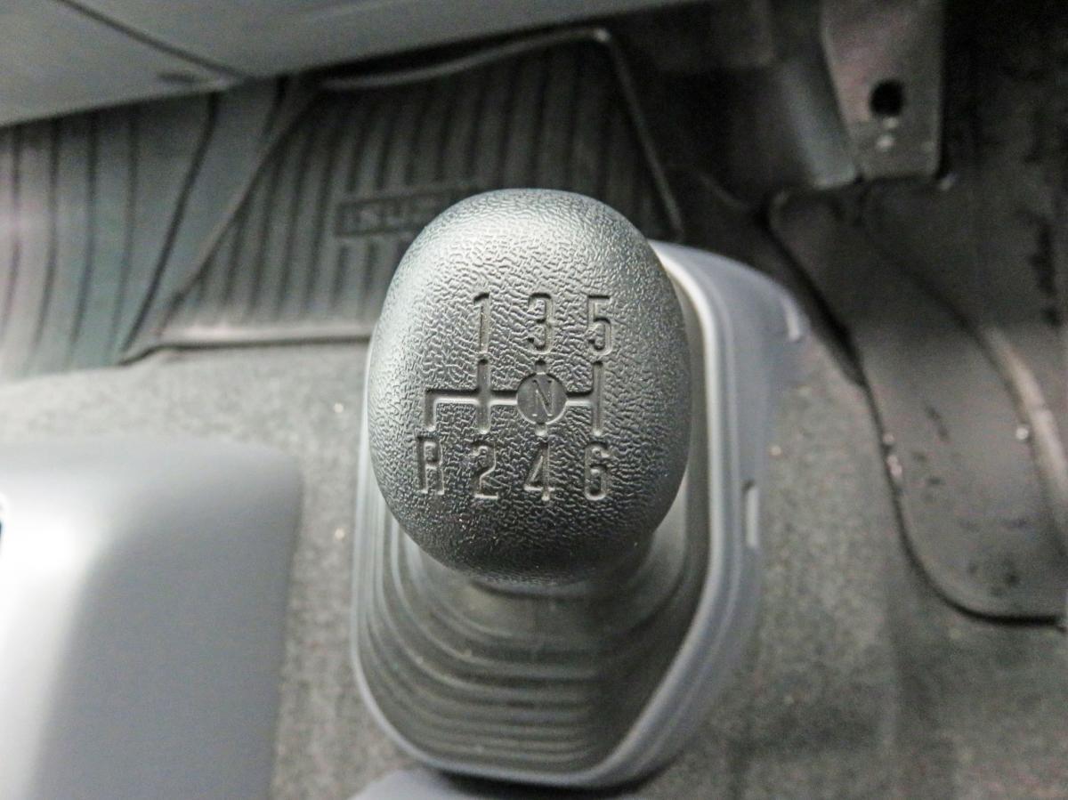 中古冷凍バン いすゞ フォワード