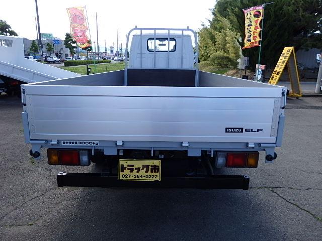 中古平ボディ いすゞ エルフ