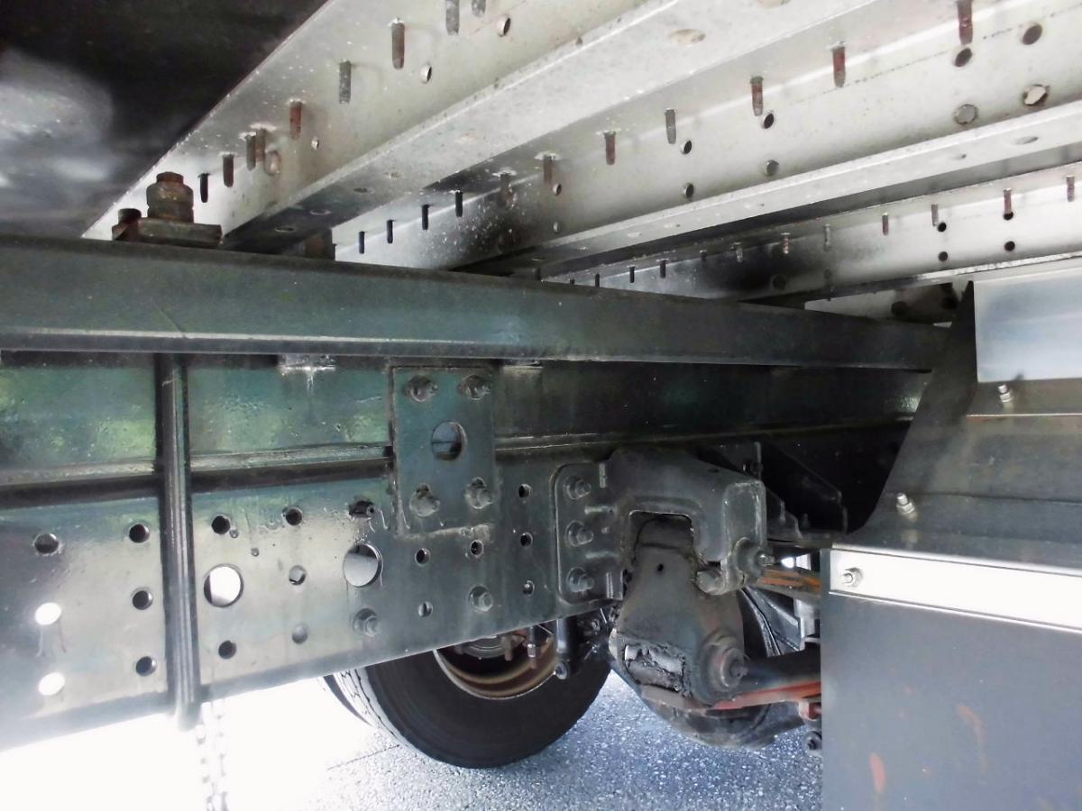 中古トラック H24年式 積載4t 超ロング アルミウイング
