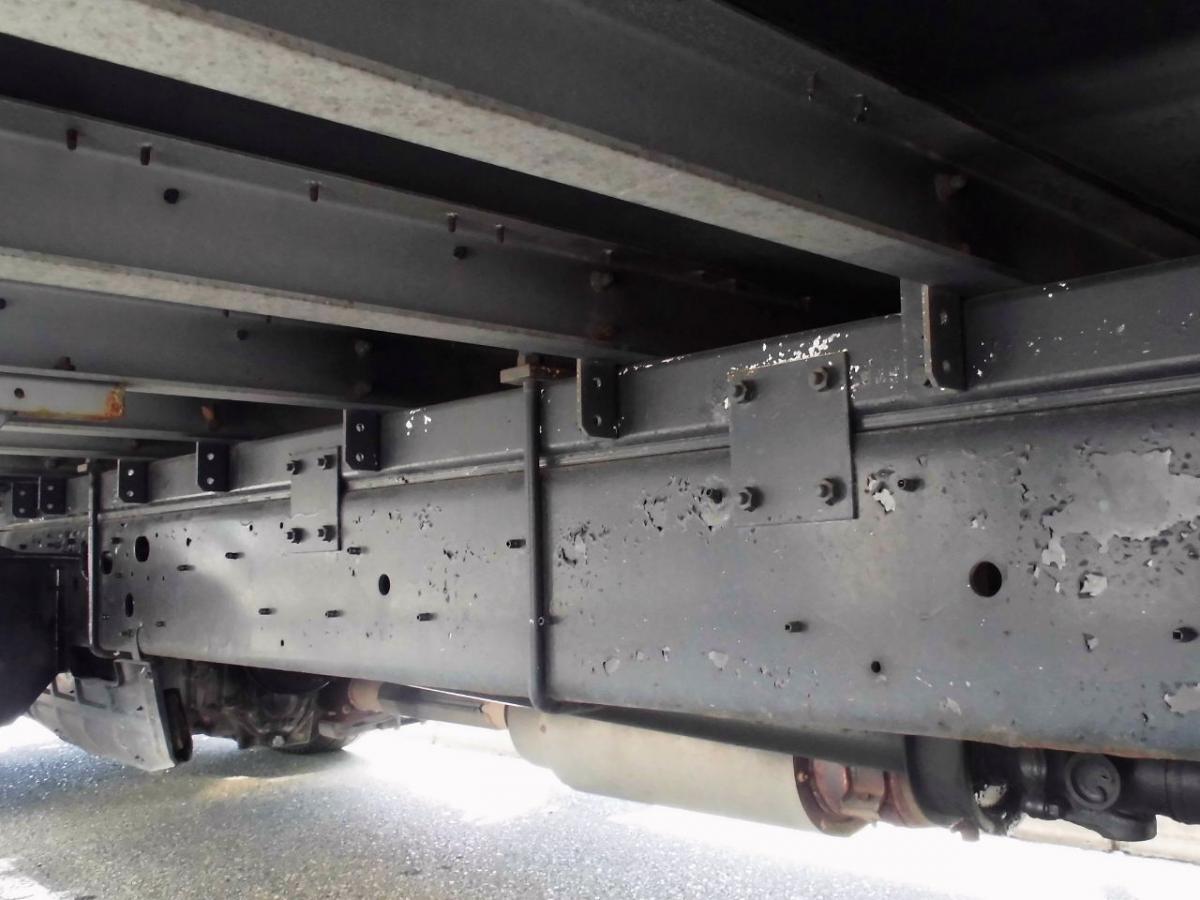 中古トラック H20年式 ワイド エアサス 9.5m ボディ バン