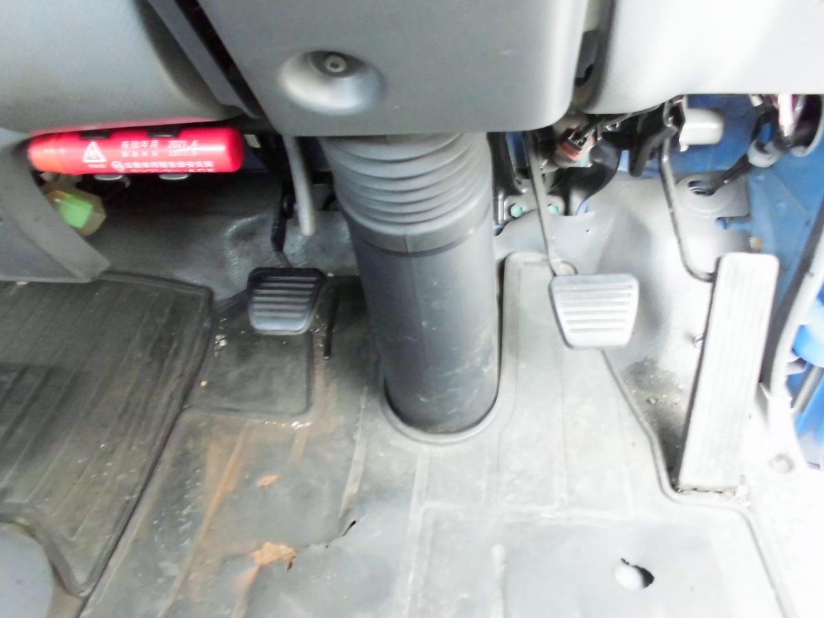 中古トラック H25年式 ワイドロング 積載3t 平ボディ