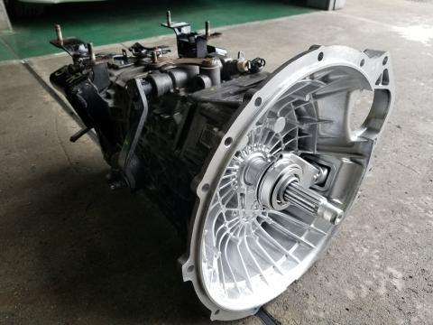 中古トラック部品 いすゞ エルフ マニュアルミッションAy