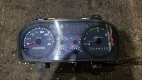 中古トラックパーツ スピードメーター