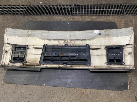 中古トラックパーツ フロントパネル