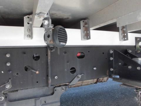 中古トラック H23年式 エアサス 6.2m バンゲート