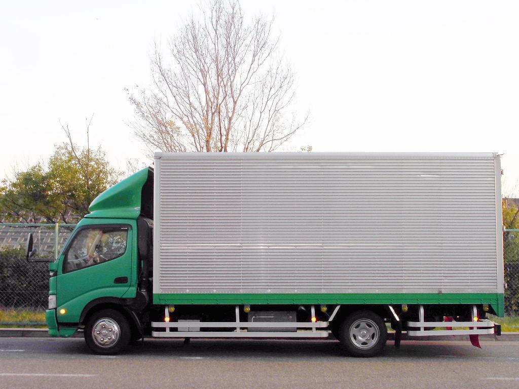 中古トラック H18年式 超ロング ワイド アルミバン