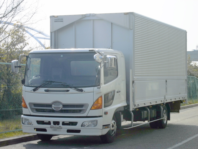 中古トラック H17年式 ワイドベット付 マニュアルウイング