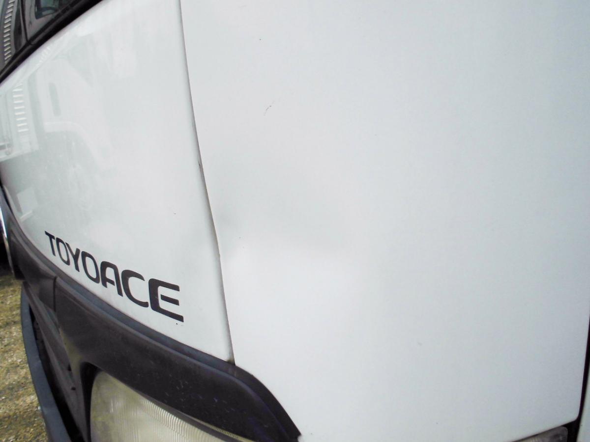 中古トラック 平成19年式 検査付 積載2t ボトルカー