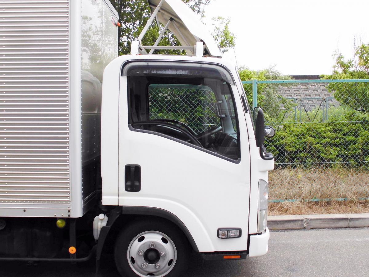 中古トラック H19年式 積載2t E/G載せ替え歴有 ロングバン