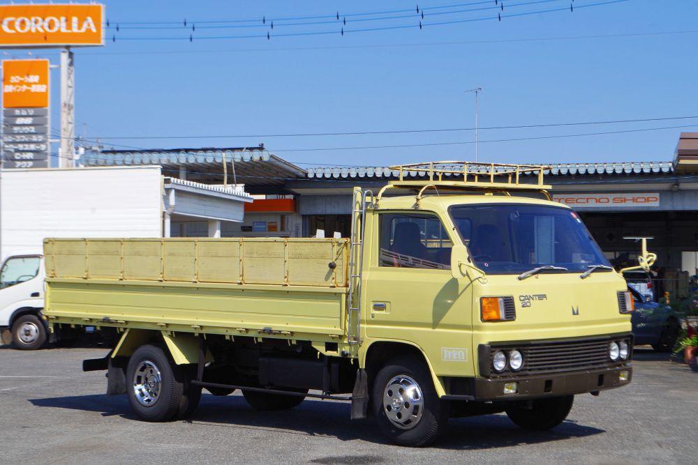 平ボディ三菱ふそうキャンター中古トラック詳細  昭和57年3月製 とても綺麗な車輌です 2度とないチャンス!