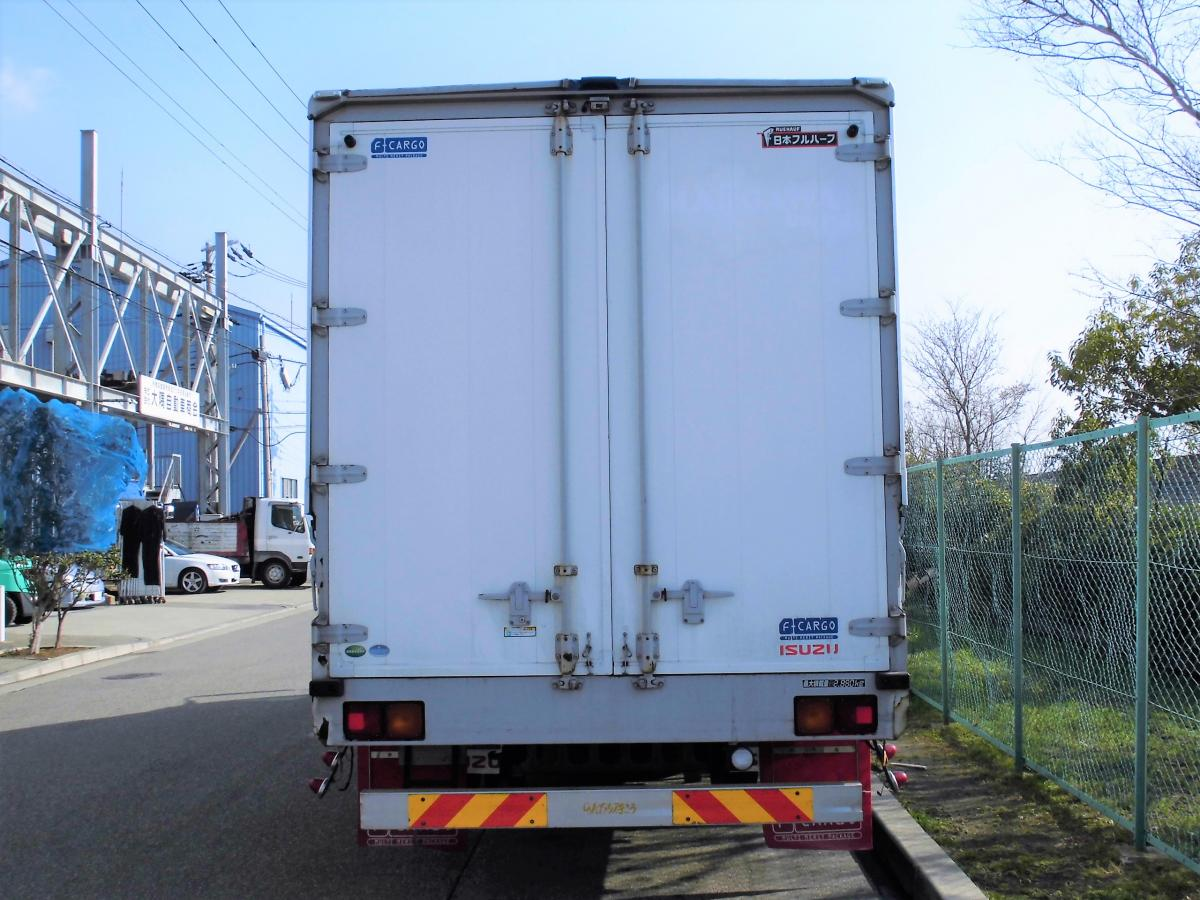 中古トラック H25年式 ワイド 6.2m アルミウイング
