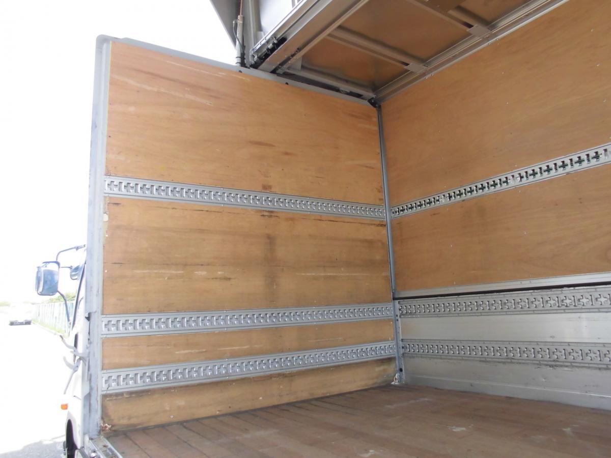 中古トラック H23年 ワイド 6.2m エアサスゲート付