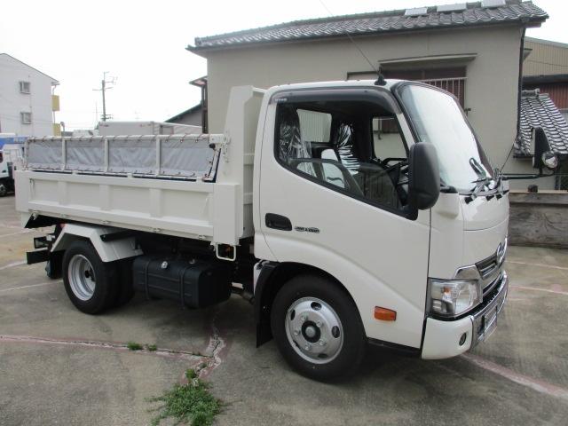 中古トラック H30年 日野 3tセーフティローダーダンプ 新古車