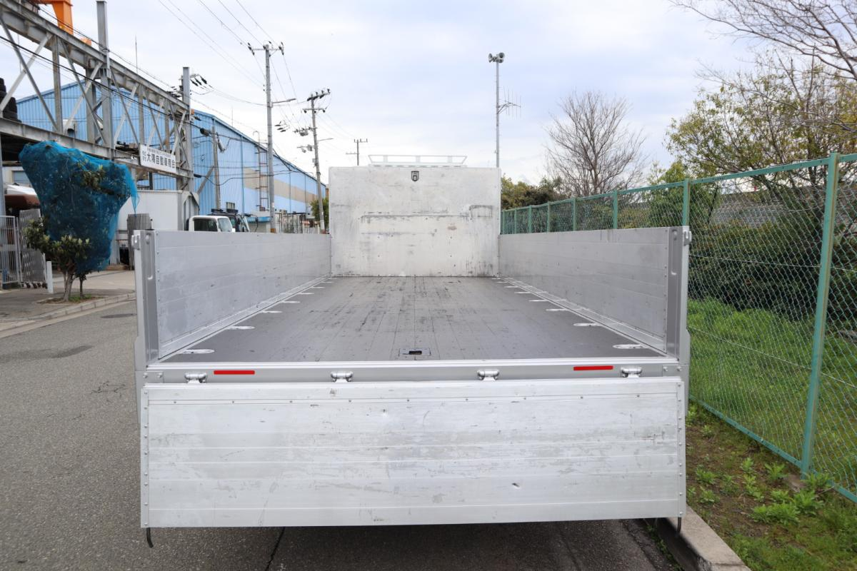 中古トラック H25年式 ワイドベット 6.2m アルミブロック