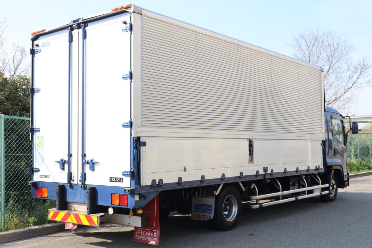 中古トラック H26年式 エアサス ワイド 6.2m アルミウイング